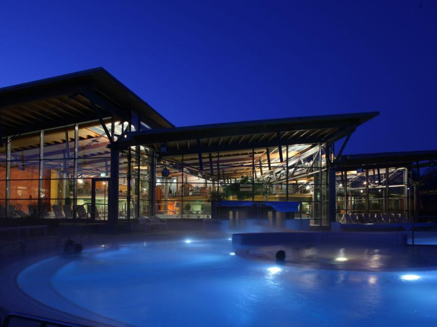 Baden in der Therme Obernsees